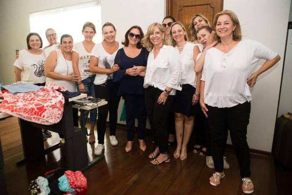 FUNDO SOCIAL DE SOLIDARIEDADE  ORGANIZA BAZAR DE SEMINOVOS