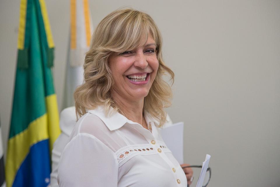 """FUSSTAT FARÁ AÇÃO DE CONSCIENTIZAÇÃO  DO """"OUTUBRO ROSA"""" NA PRAÇA DA MATRIZ"""