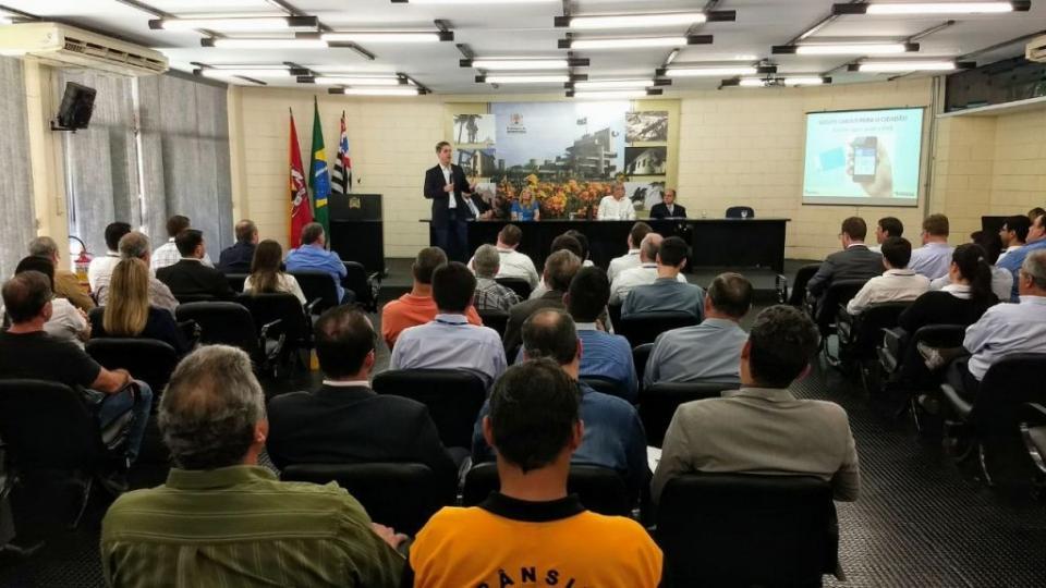 TATUÍ PARTICIPA DO ENCONTRO DETRAN.SP NA SUPERINTENDÊNCIA REGIONAL DE SOROCABA