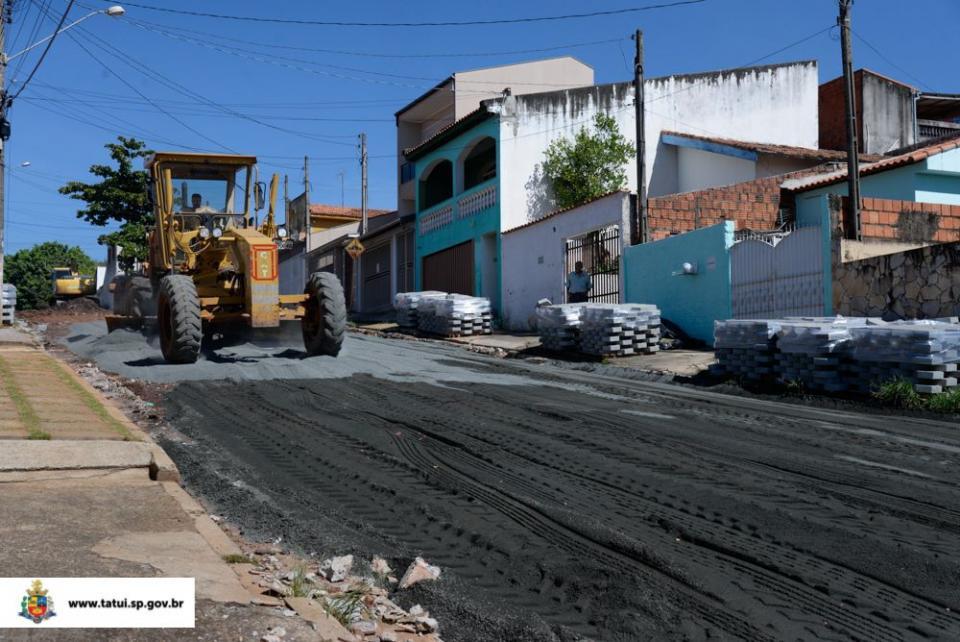 NOVA FRENTE DE TRABALHO COM LAJOTAS  TEM INÍCIO NO JARDIM WANDERLEY