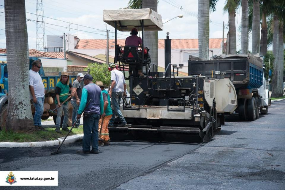 PREFEITURA ANUNCIA NOVAS FRENTES DE TAPA BURACOS E RECAPEAMENTO DE VIAS
