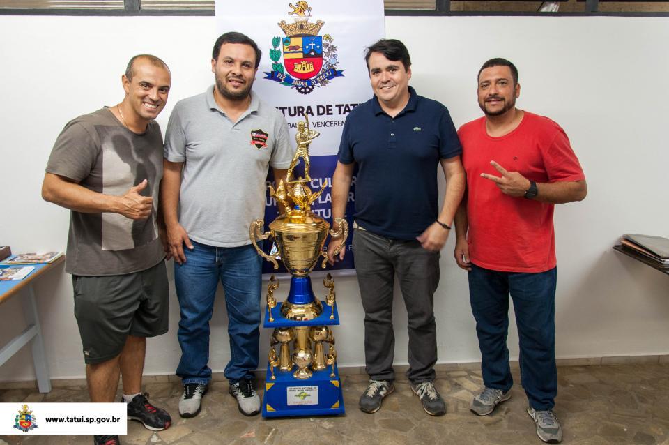 SECRETARIA DE ESPORTE RECEBE VISITA  DA EQUIPE TATUÍ RED FEET BASEBALL