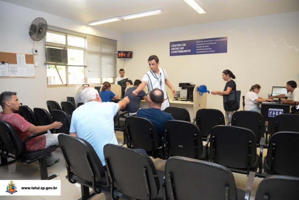 EM JANEIRO, MAIS DE 16.400 PESSOAS   SÃO ATENDIDAS NO PAÇO MUNICIPAL
