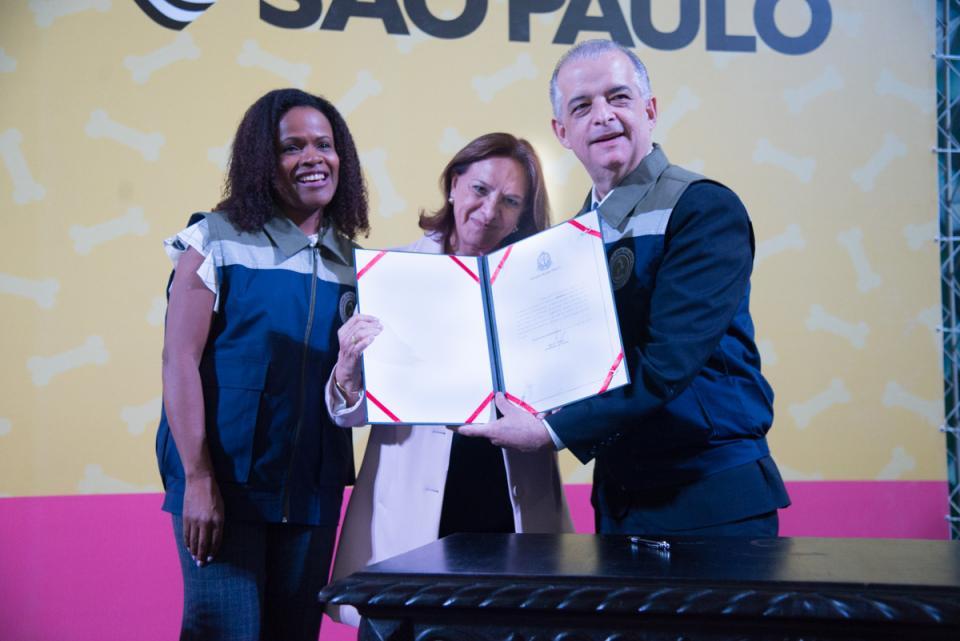 TATUÍ ASSINA ADESÃO AO PROGRAMA  ESTADUAL PET SÃO PAULO