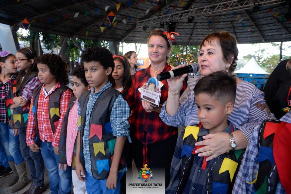 ESCOLAS MUNICIPAIS DIVULGAM BALANCETE DA FESTA JUNINA DE SÃO JOÃO DO BEMFICA