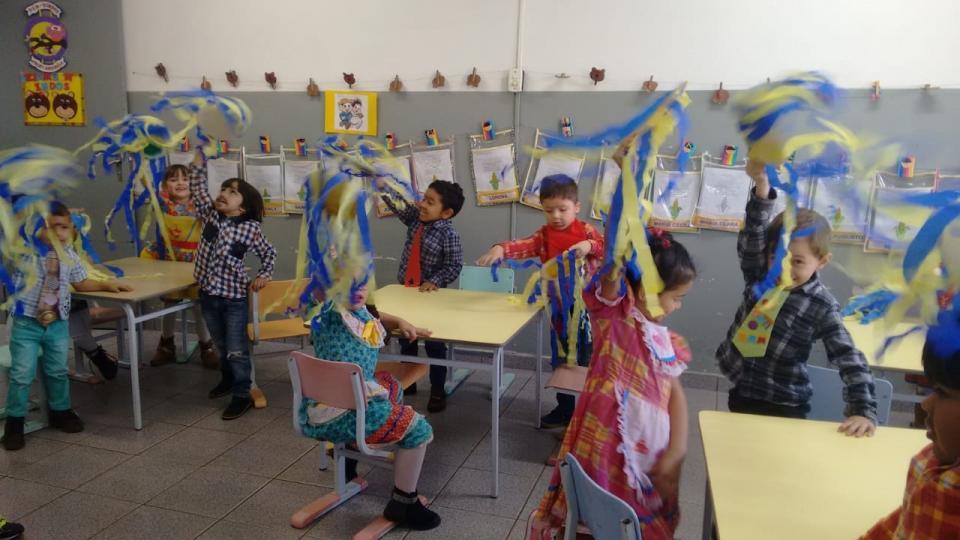 EDUCAÇÃO INFANTIL PROMOVE ATIVIDADES DURANTE OS JOGOS DA COPA DO MUNDO