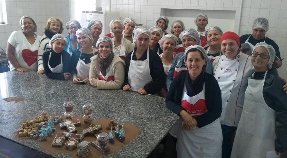 CURSO DE PALHA ITALIANA E FUDGE, DO FUSSTAT  E CHOCOLATES MAVALÉRIO, É SUCESSO