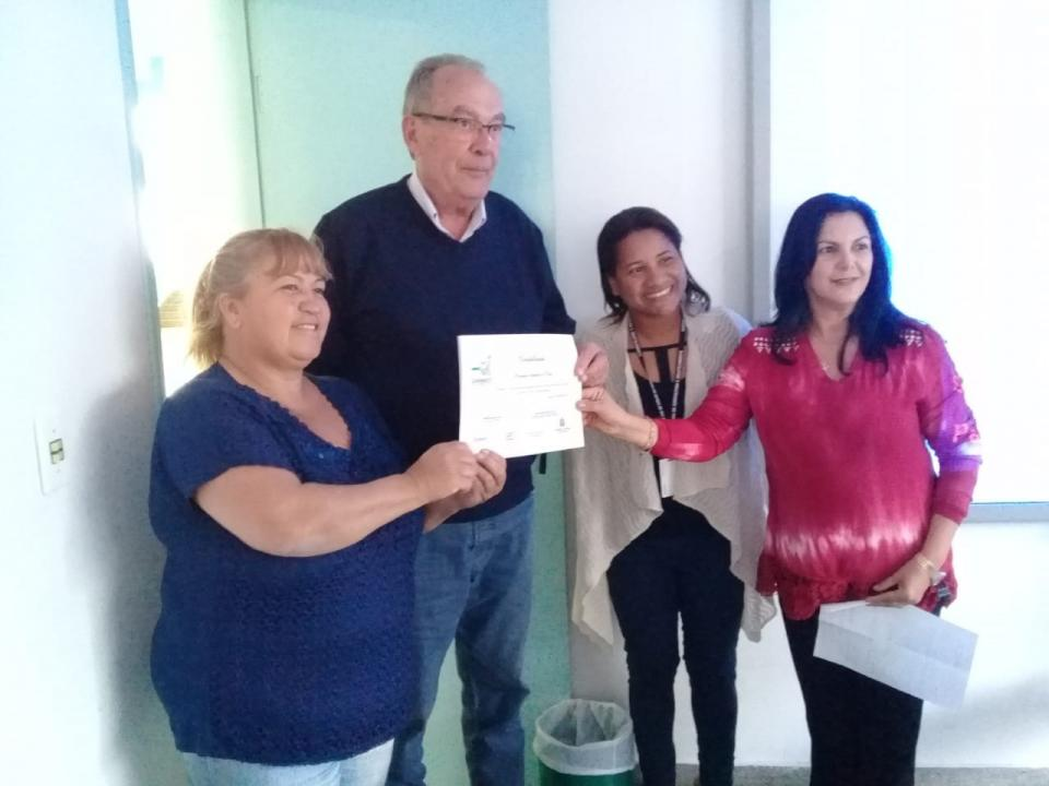 PREFEITURA RECEBE CERTIFICADO POR INSTITUIR O CONSELHO MUNICIPAL DE SEGURANÇA ALIMENTAR E NUTRICIONAL