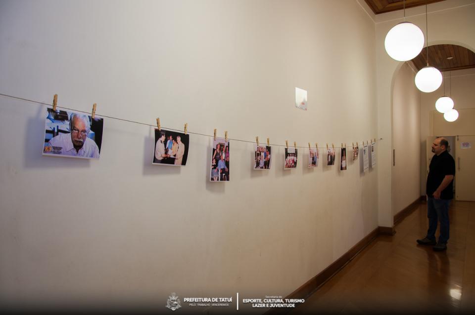 PERMANECE EM CARTAZ NO MUSEU A EXPOSIÇÃO ILUSTRES TATUIANOS, EM HOMENAGEM   AO RADIALISTA E PROFESSOR WILSON BERTRAMI