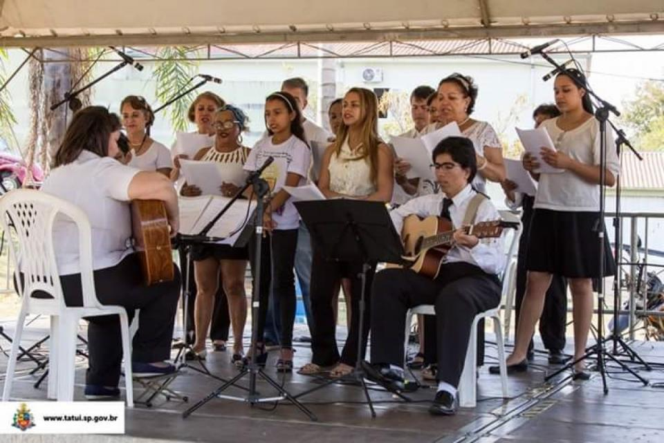 69 ATRAÇÕES MUSICAIS SE APRESENTARAM   NO PROJETO