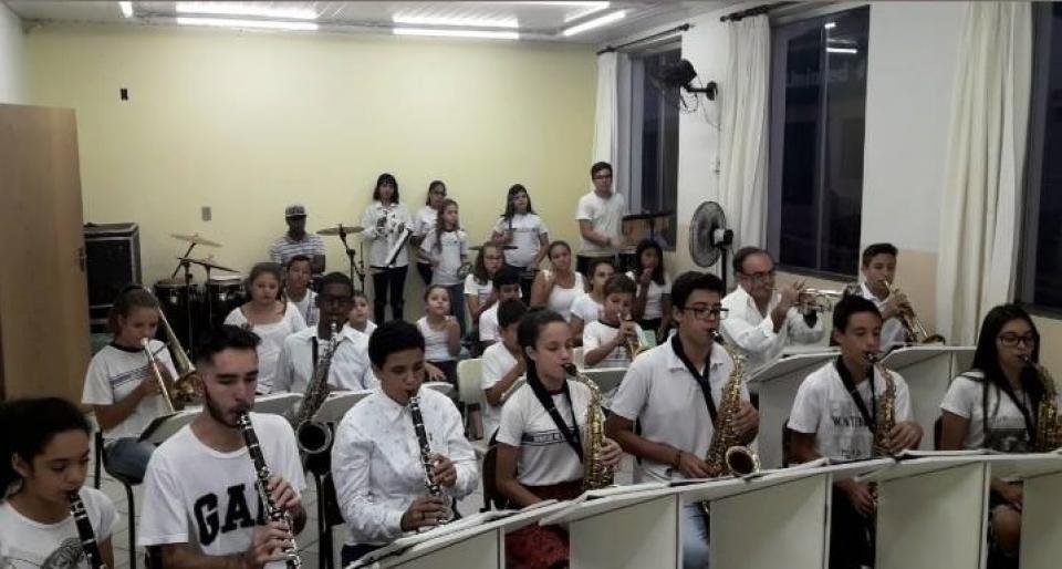 BANDA MUNICIPAL DE CONCERTO DE ITATINGA   SE APRESENTA, NESTE SÁBADO,   NO PROJETO