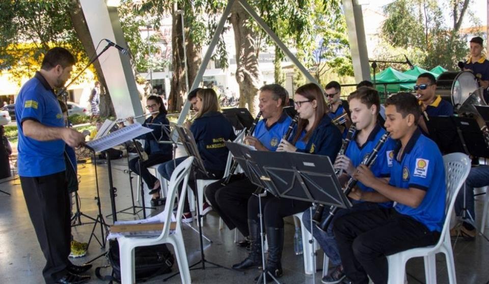 """CORPORAÇÃO MUSICAL BANDEIRANTES PORTOFELICENSE SE APRESENTA NO  """"MÚSICA NA PRAÇA"""" DESTE FIM DE SEMANA"""