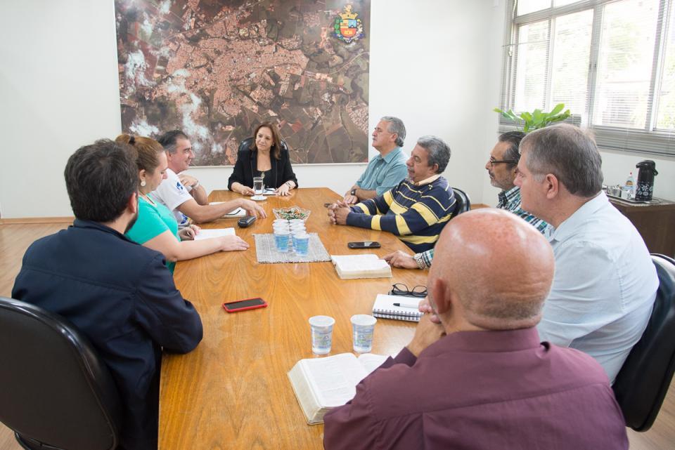 MISSIONÁRIO CHILENO VISITA TATUÍ  E CONPAS REALIZA REUNIÃO MENSAL