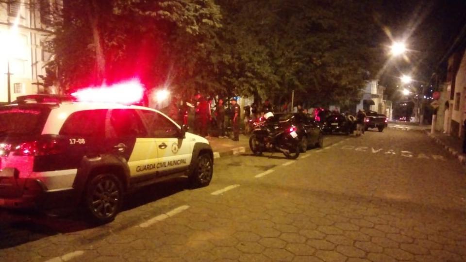 """OPERAÇÃO """"SATURAÇÃO"""", DA GUARDA CIVIL MUNICIPAL DE TATUÍ, TERMINA COM 115 ABORDAGENS E TRÊS PESSOAS PRESAS"""