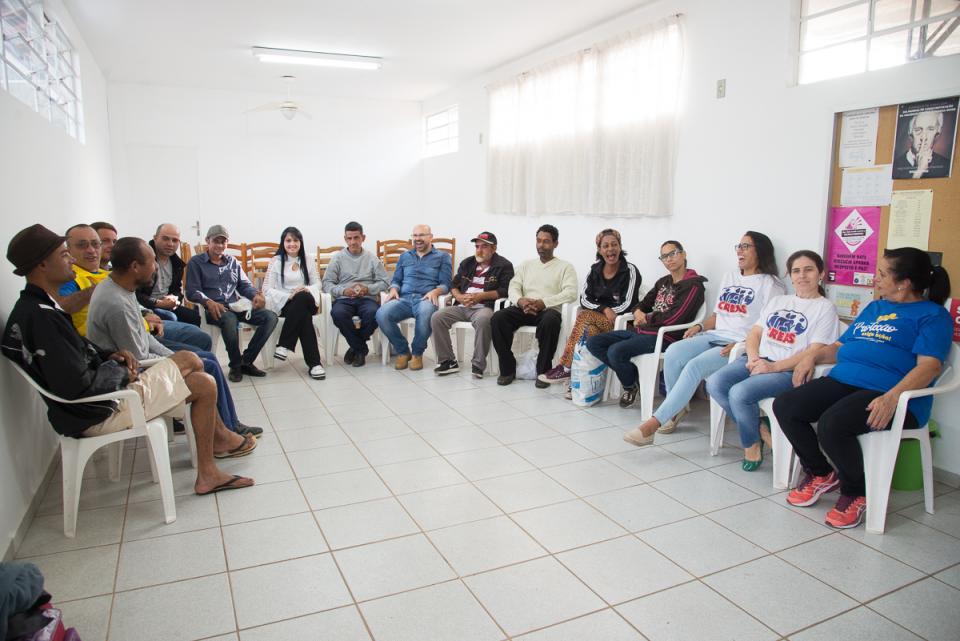 """PREFEITURA REALIZA PRIMEIRA AÇÃO  DA """"OPERAÇÃO ACOLHIDA"""", PARA AJUDAR  PESSOAS EM SITUAÇÃO DE RUA"""
